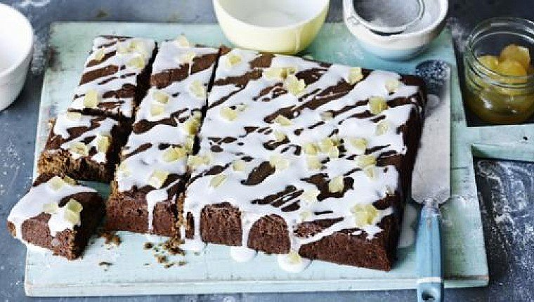 Mary Berry's ginger and treacle traybake