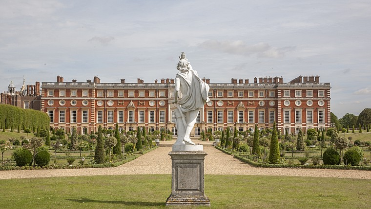 Hampton Court Palace London Summer Event – Thursday 18th July – SOLD OUT