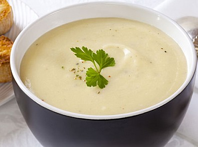 Gransnet's creamy leek and potato soup