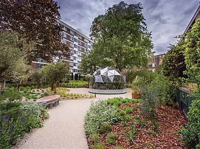 Hyde Park Estate Gardens, London – Sunday 7 April