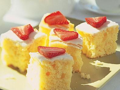 Jane Asher's lemon traybake