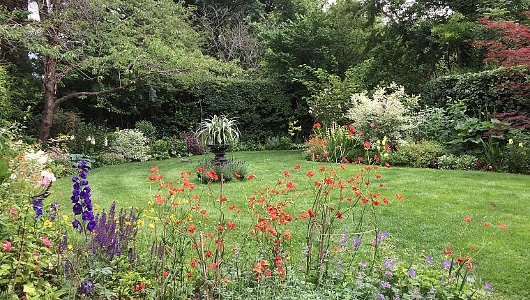 Visit a group of gardens this week